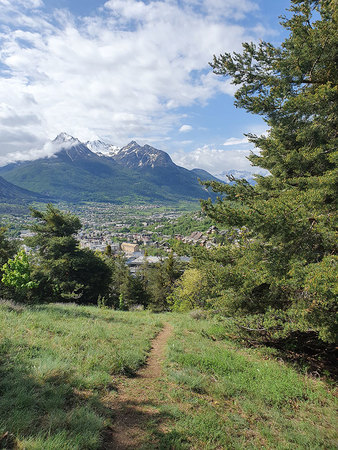 Au Dessus Chemin De Ronde N° 2